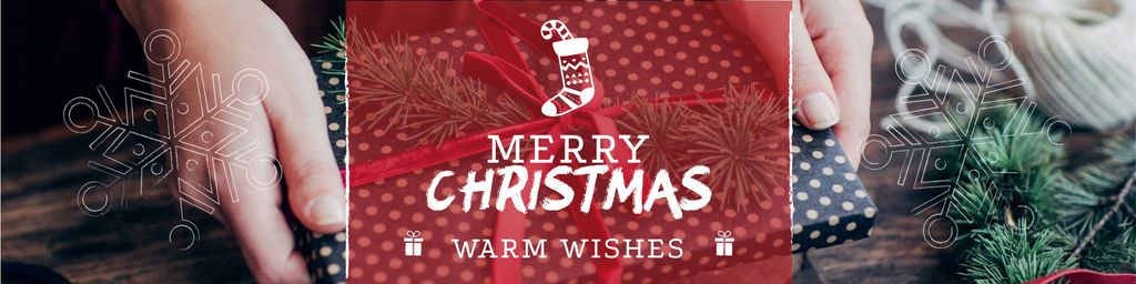 Merry Christmas Greeting with Woman wrapping Gift — ein Design erstellen