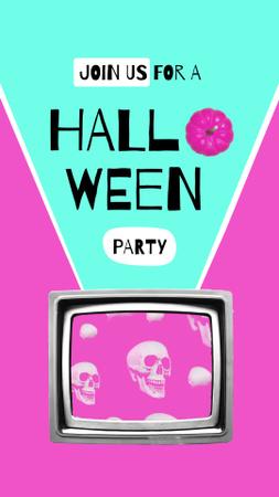 Szablon projektu Halloween Party Announcement with Skulls in TV Instagram Video Story