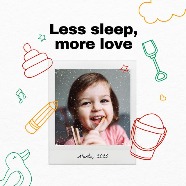 Plantilla de diseño de Cute Smiling Little Girl Instagram