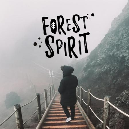 Traveler in Foggy Mountains Instagram – шаблон для дизайна