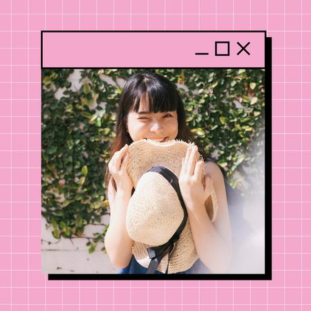Smiling Girl with Straw Hat Instagramデザインテンプレート