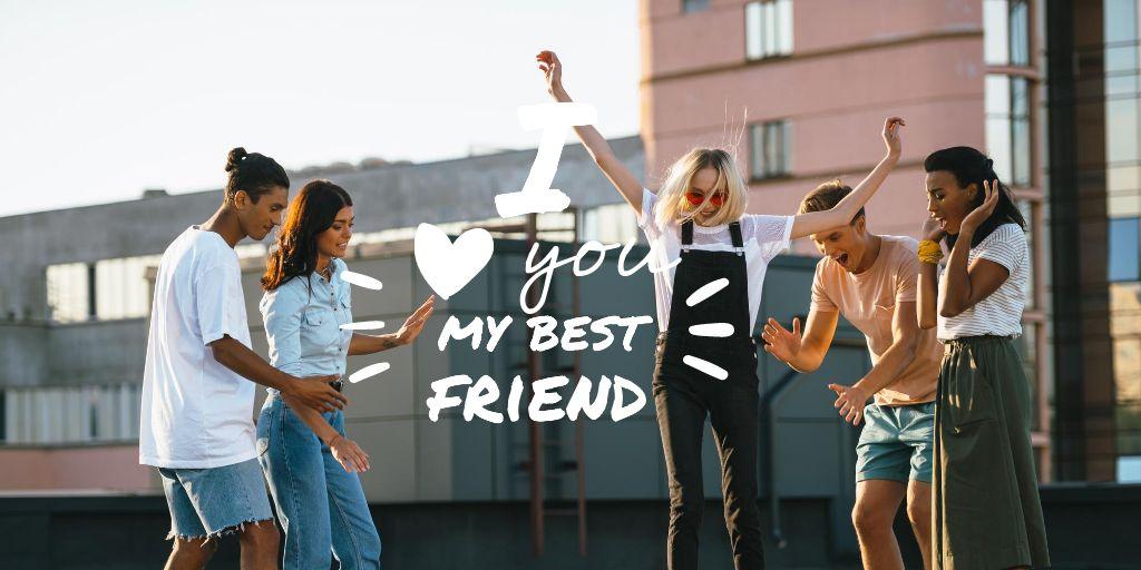 Modèle de visuel Friendship Quote with Young People Having Fun - Twitter