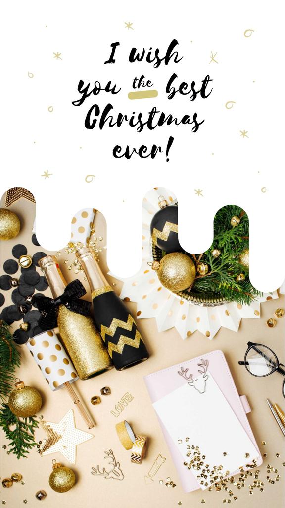 Christmas decor and champagne bottles — Crear un diseño