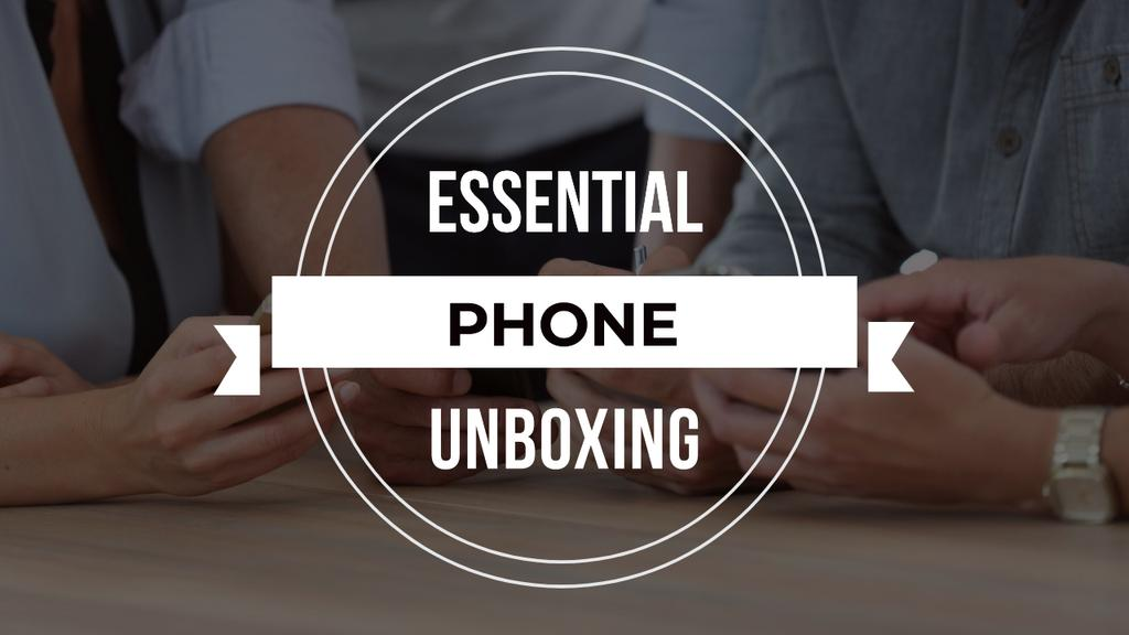 Template di design Unboxing Promotion People with Smartphones Youtube Thumbnail