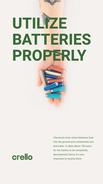 Utilization Guide Hand Holding Batteries Instagram Story Modelo de Design
