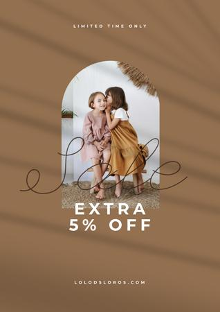 Sale announcement with Kids sharing Secret Posterデザインテンプレート