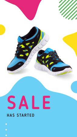 Shoes Store Offer with Bright Sneakers Instagram Story Modelo de Design