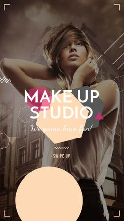 Plantilla de diseño de Beauty Studio promotion with Attractive Woman Instagram Story