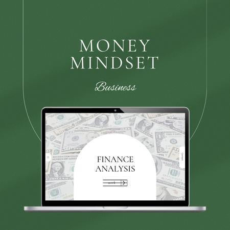 Ontwerpsjabloon van Instagram van Finance Analysis with Money of laptop screen