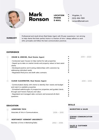 Template di design Real Estate skills and experience Resume