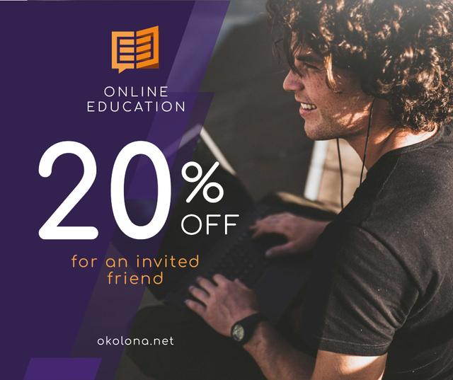 Ontwerpsjabloon van Facebook van Online Courses ad Man typing on Laptop