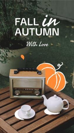 Platilla de diseño Autumn Inspiration with Teapot and Vintage Radio Instagram Story