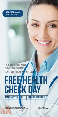 Free health check offer with smiling Doctor Graphic Tasarım Şablonu