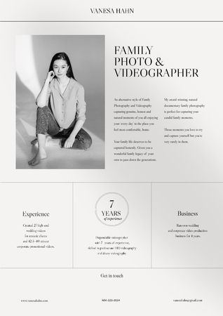 Template di design Videographer skills and experience Resume
