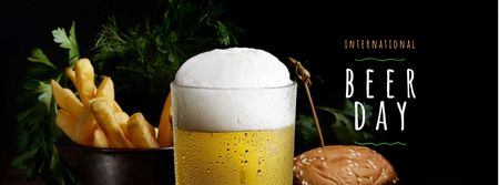 Beer Day Announcement with Glass and Snacks Facebook cover Modelo de Design