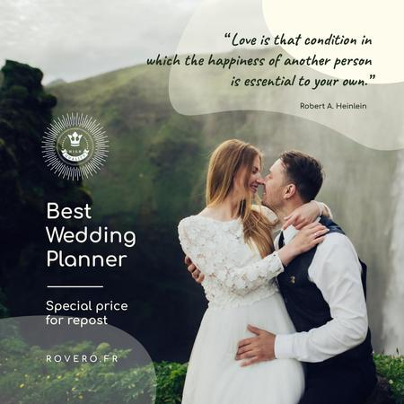 Szablon projektu Wedding Planning Services Newlyweds Kissing in Nature Instagram