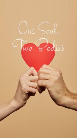 Plantilla de diseño de Love Phrase with Lovers holding Heart Instagram Story