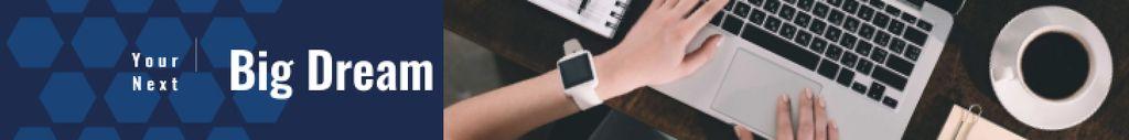 Woman with Smart Watch Working on Laptop — Maak een ontwerp
