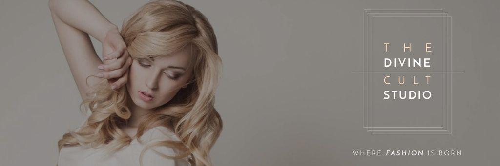 Beauty Studio Ad Woman with Blonde Hair — Crear un diseño