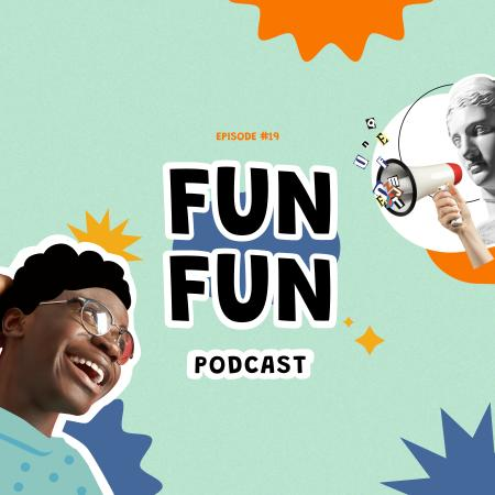 Template di design Comedy Podcast Announcement with Funny Statue Podcast Cover