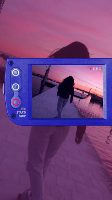 Plantilla de diseño de Girl riding Skateboard on Beautiful Pink Sunset Instagram Video Story