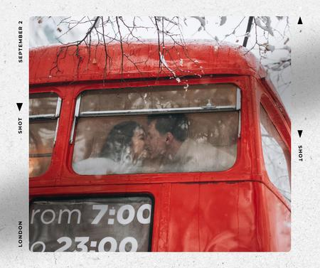 Ontwerpsjabloon van Facebook van Couple Kissing in London Bus
