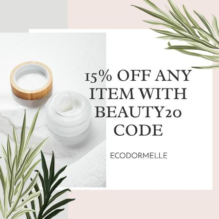 Template di design Cosmetic Items Discount Offer Instagram AD