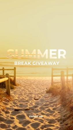 Template di design First Day of Summer Special Offer with Sunny Beach Instagram Story