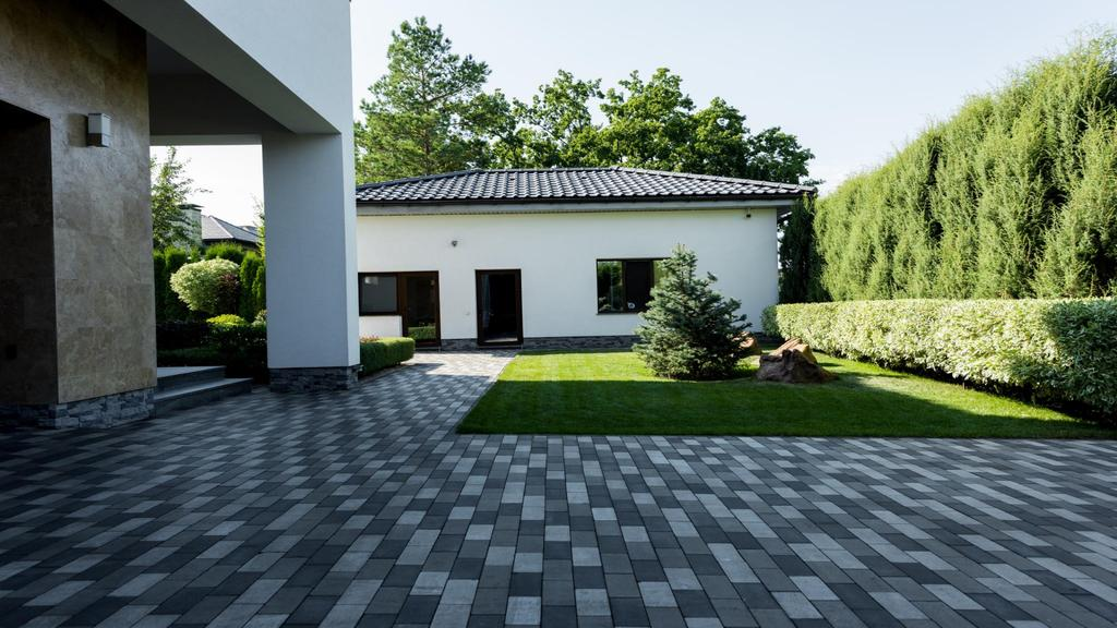 Landscape Design of Home yard — Створити дизайн
