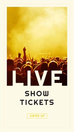 Plantilla de diseño de Event Announcement with Crowd on Concert Instagram Story