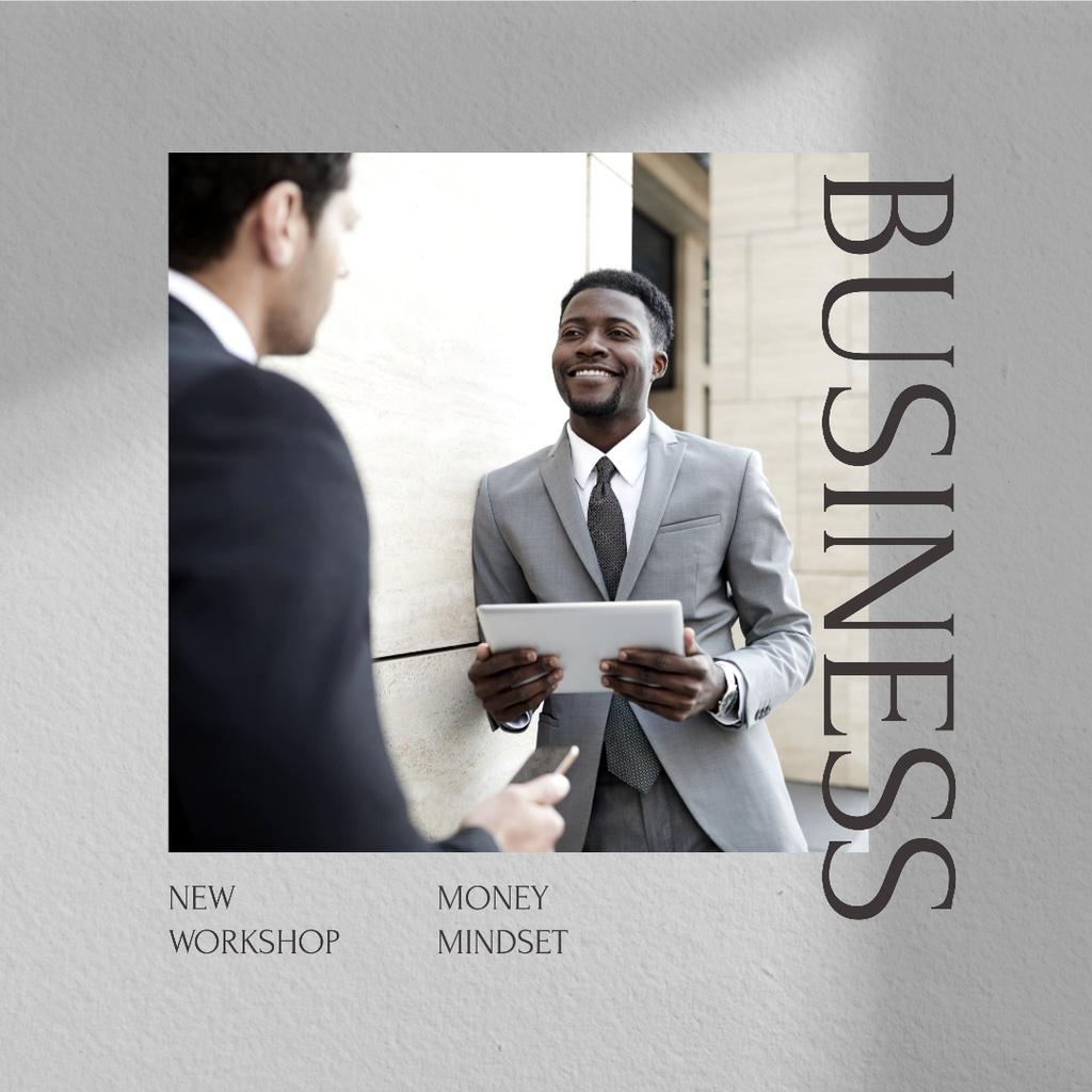 Modèle de visuel Finance Workshop promotion with Confident Businessmen - Instagram