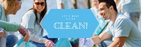 Ontwerpsjabloon van Email header van Ecological Event with Volunteers Collecting Garbage
