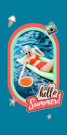 Summer Inspiration with Happy Girl on Beach Graphic – шаблон для дизайна