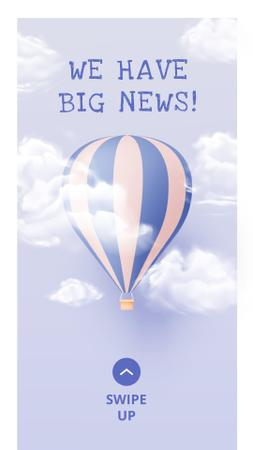 Modèle de visuel Baby Birth Announcement with Air Balloon in Clouds - Instagram Story