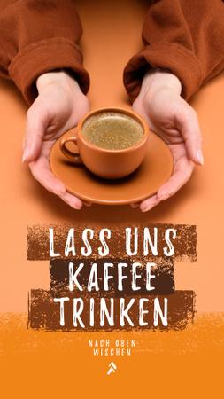 Plantilla de diseño de Coffee Shop Promotion Hands with Hot Cup Instagram Story
