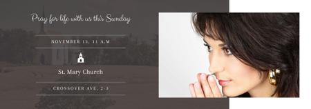 Plantilla de diseño de Church invitation with Woman Praying Tumblr