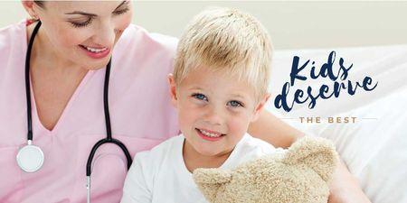 Kids Healthcare with Pediatrician Examining Child Twitter Modelo de Design