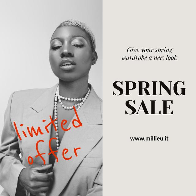 Designvorlage Stylish African American Woman in Blazer on Women's Day für Instagram