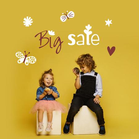Designvorlage Sale Announcement with Cute little Kids für Instagram