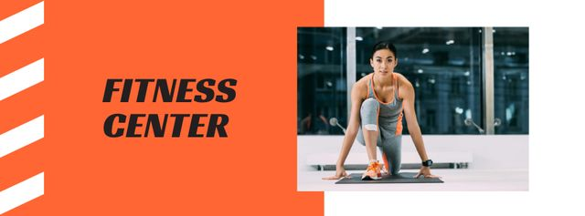 Fitness Center Ad with Woman doing Workout Facebook cover Modelo de Design