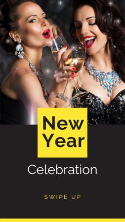 Template di design New Year Celebration with Girls holding Champagne Instagram Story