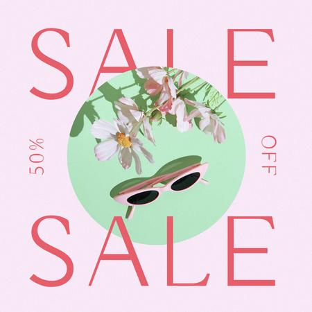 Modèle de visuel Summer Sale Ad with Stylish Sunglasses - Instagram