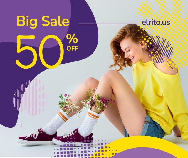 Plantilla de diseño de Fashion Ad with Happy Young Girl in Yellow Facebook