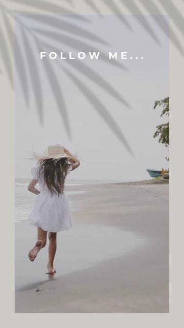 Plantilla de diseño de Young Happy Woman running on Tropical Beach TikTok Video