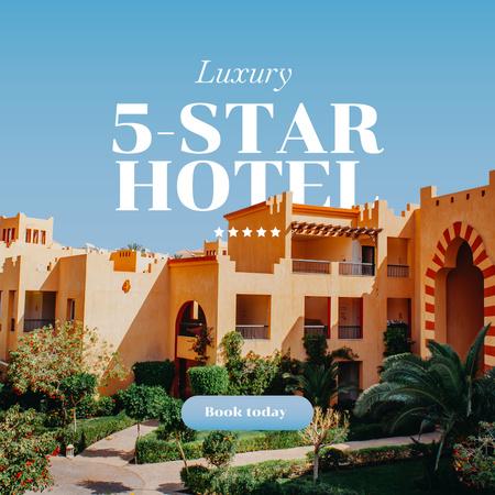 Plantilla de diseño de Summer Travel Offer with Luxury Hotel Instagram