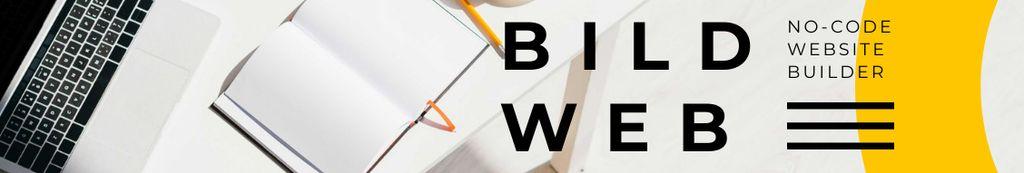 Web Builder Service ad on office table — Maak een ontwerp