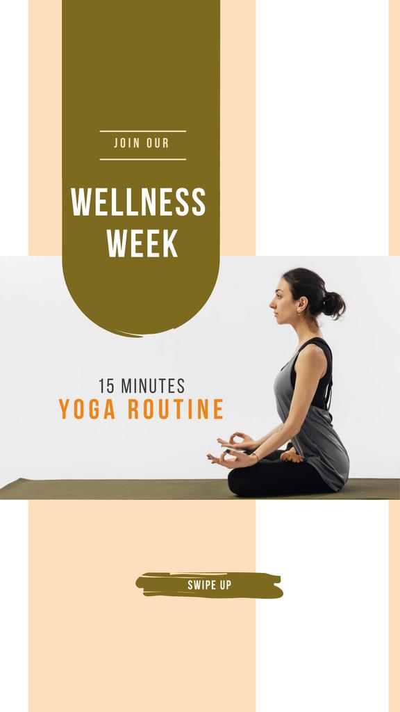 Designvorlage Woman practicing Yoga für Instagram Story