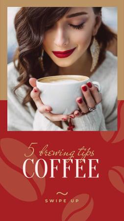 Designvorlage Woman holding coffee cup für Instagram Story
