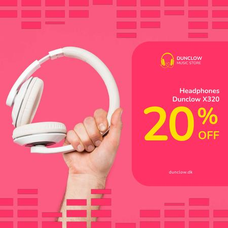 Plantilla de diseño de Special Sale with Man holding headphones Animated Post