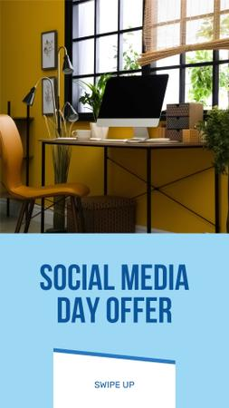 Plantilla de diseño de Social Media Day Offer with Cozy Workplace Instagram Story
